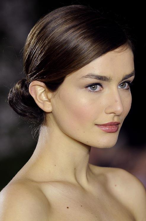 Top 10 cách búi tóc đẹp đơn giản bạn nên thử NGAY 9