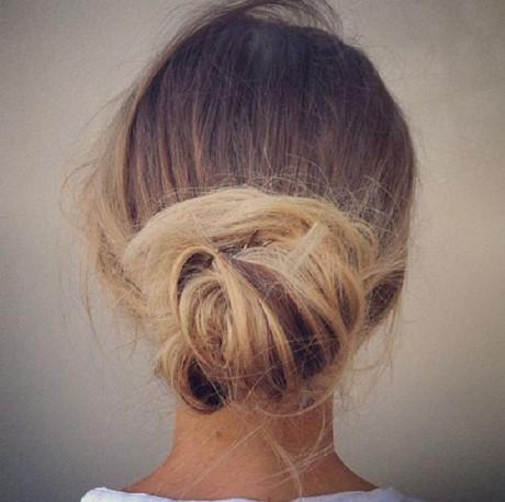 7 cách buộc tóc phồng phía sau đơn giản, xinh, trẻ trung 1