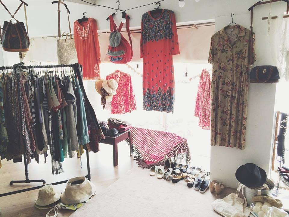 5 shop quần áo vintage ở TPHCM bạn nên follow ngay 2