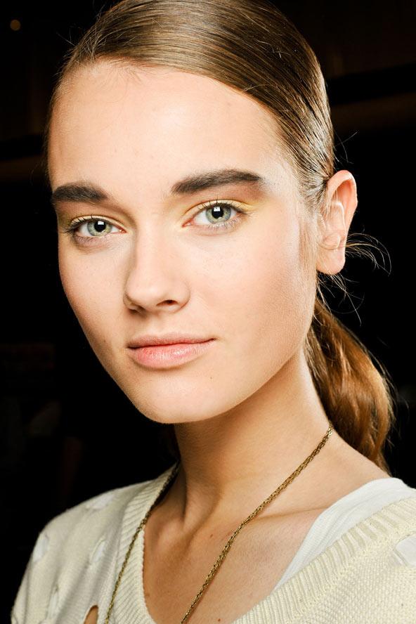Tạo dáng lông mày phù hợp với từng khuôn mặt 2