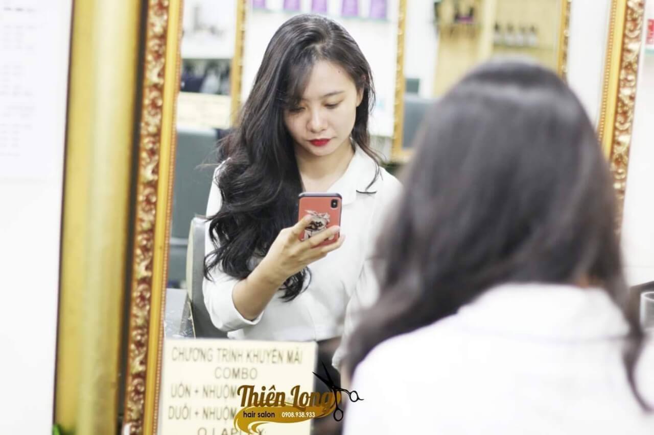 Làm tóc ở đâu đẹp và rẻ tphcm? Bật mí salon tóc Sài Gòn tốt nhất hiện nay 1
