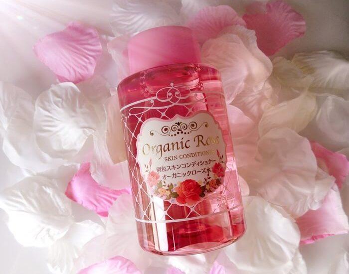 Có nhiều dạng nước hoa hồng
