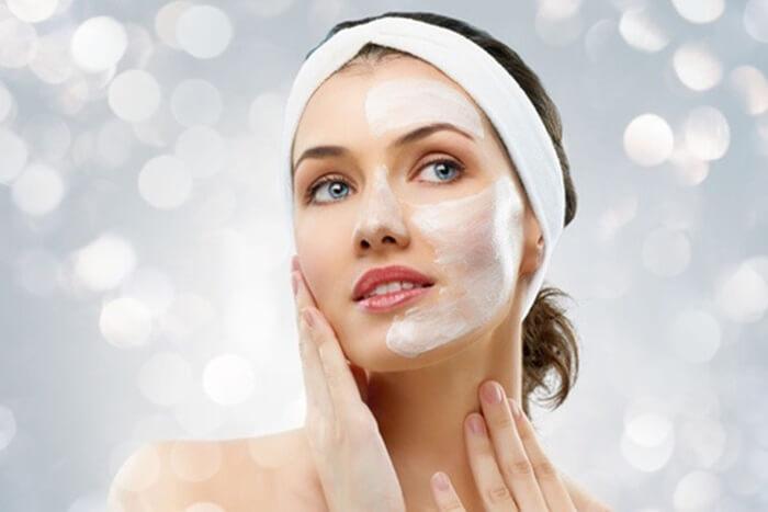 Tuỳ làn da mà bạn rửa mặt theo tần suất nhất định
