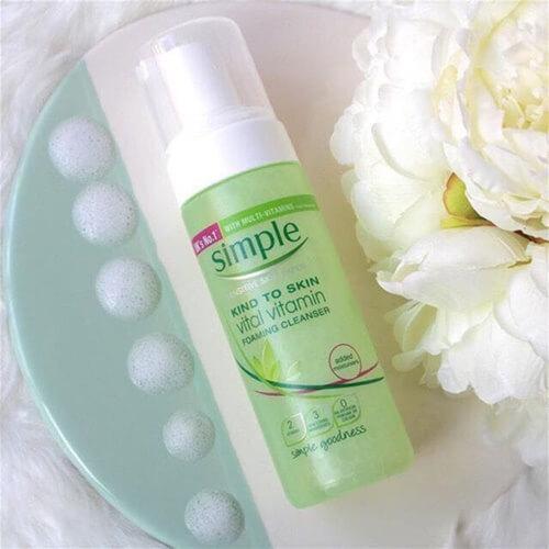 Simple Skin To Skin Vital Vitamin Foaming Cleanser