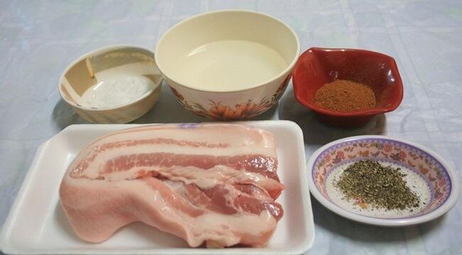 Nguyên liệu nướng thịt bằng lò nướng thủy tinh