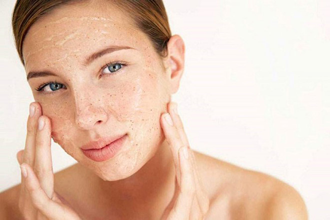 Tẩy tế bào chết giúp làn da được trẻ hóa