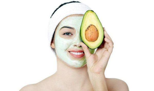 Mặt nạ bơ giúp ngăn ngừa nếp nhăn vùng mắt hiệu quả