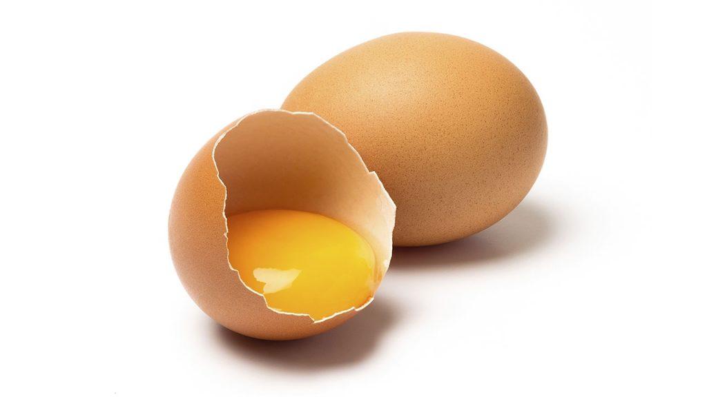 Trứng gà bổ sung lượng Collagen để làm săn chắc da