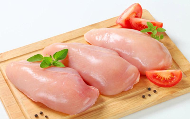 Chế độ giảm cân không thể nào thiếu ức gà